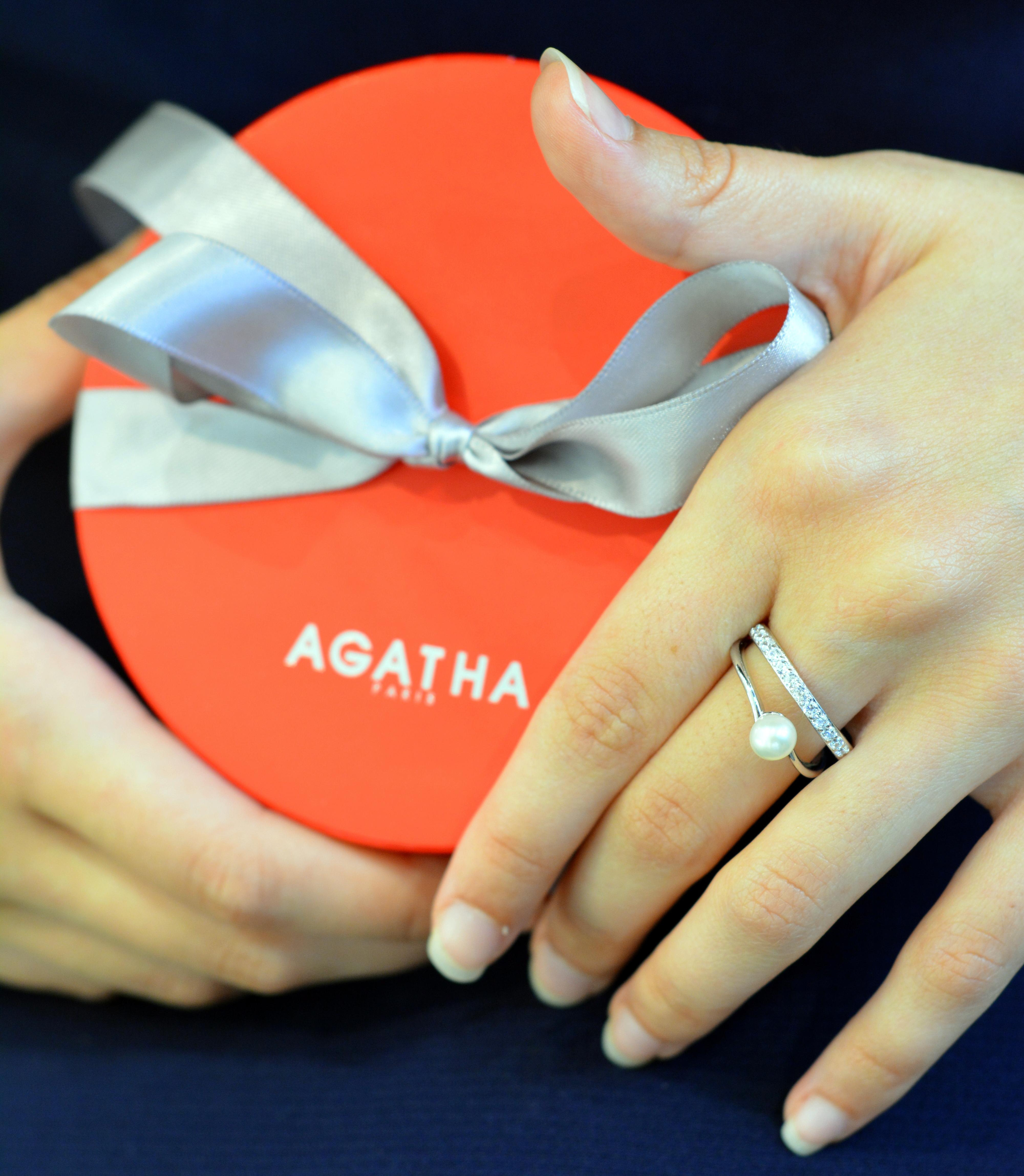 Agatha (17).JPG
